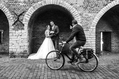 Unieke klassieke trouwauto huren in Den Haag? Dat kan bij HuurEenEngelseTaxi!